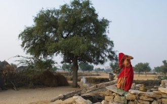 In South Asia, women often face the brunt of the  problems ssociated with limited water availability [image by:  Knut-Erik Helle]