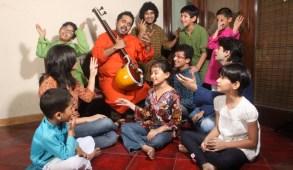 mahadevan-with-kids