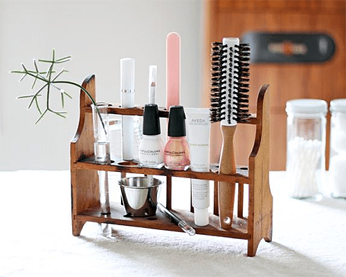 Test Tube Holder Repurposed via HGTV