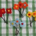 Felt Flower Lapel Pin – Pink Stripey Socks
