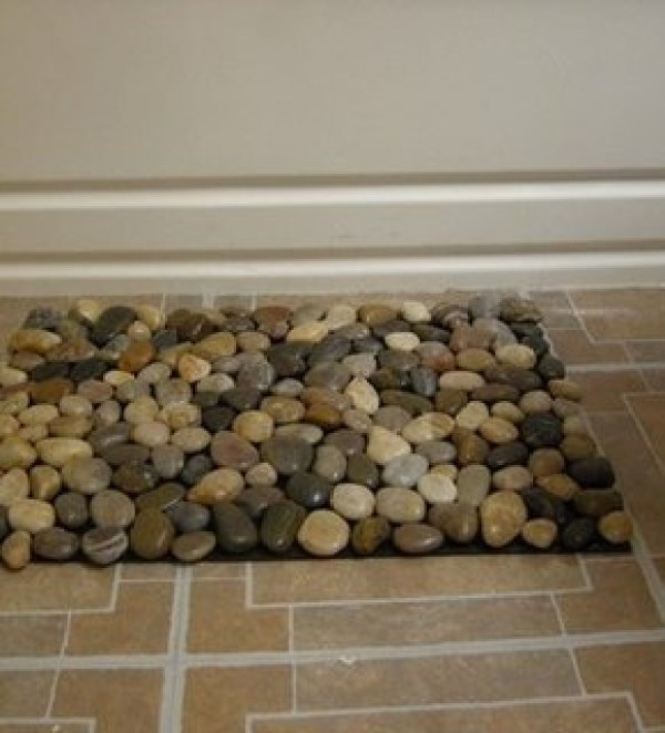 9 things you can make with rocks indie crafts for River stone doormat