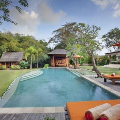 Riverside villa for sale