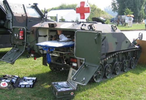 Wiesel 2 dalam varian ambulans tempur.