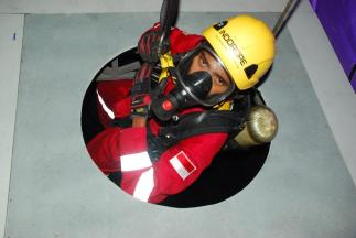Confined Space Rescue Training 11