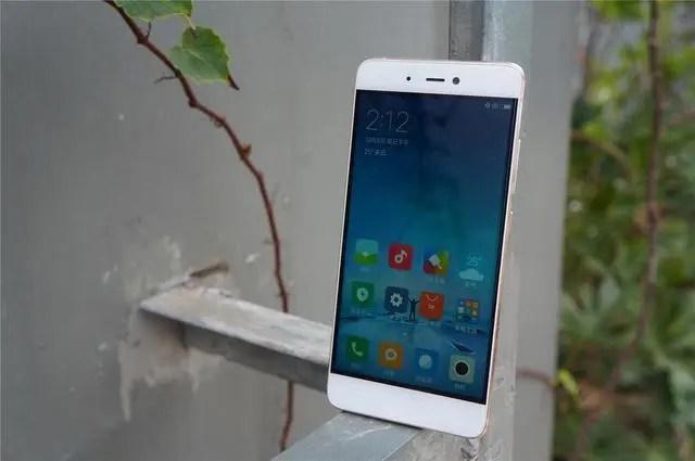 驍龍821+3G+64G,僅售1799,小米真的拼了!