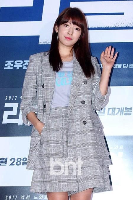 IU、朴信惠出席韓國電影《Real》VIP試映會