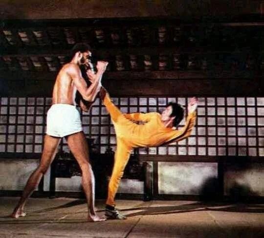 李小龍的武功都是電影虛擬出來的?他究竟有沒有真材實料