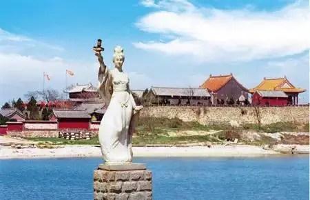關公與觀音:兩個中國民間神在古巴的變形