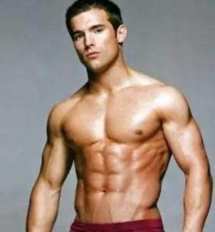 強悍的胸肩轟擊訓練,是男人來挑戰!