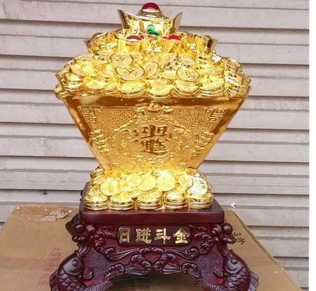 4月1號後福大財旺,日進斗金,踢走霉運迎財神進門的生肖
