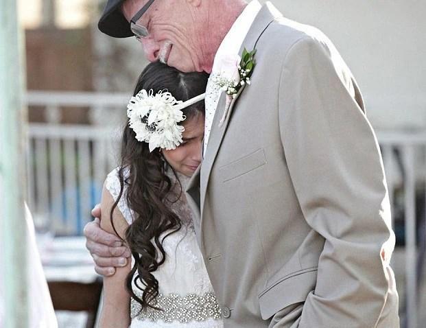 11歲女孩與57歲父親結婚,揭露其背後的悲傷故事