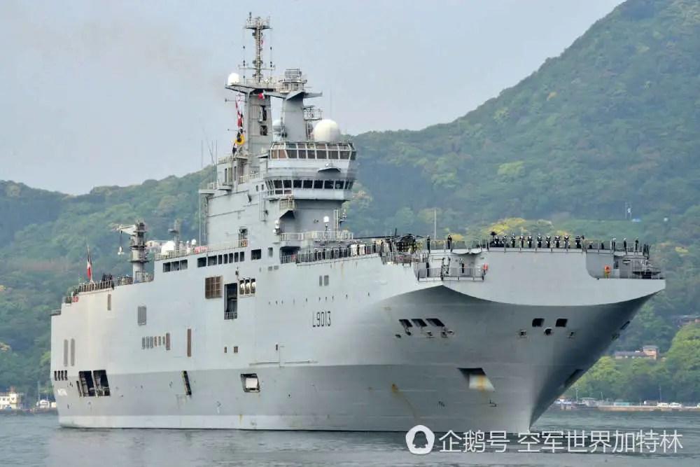 日本軍隊高調重返廣島原子彈出發地,美英法艦隊保駕護航
