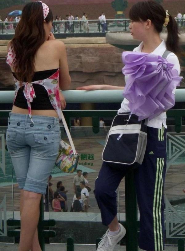 到了夏天,千萬不要讓你老婆這麼穿,好土鱉的!