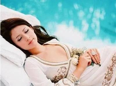 人體有個安眠穴,讓你一覺睡到自然醒!