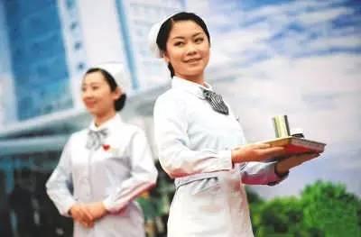 衛計委:力爭2020年中國護士總量達445萬