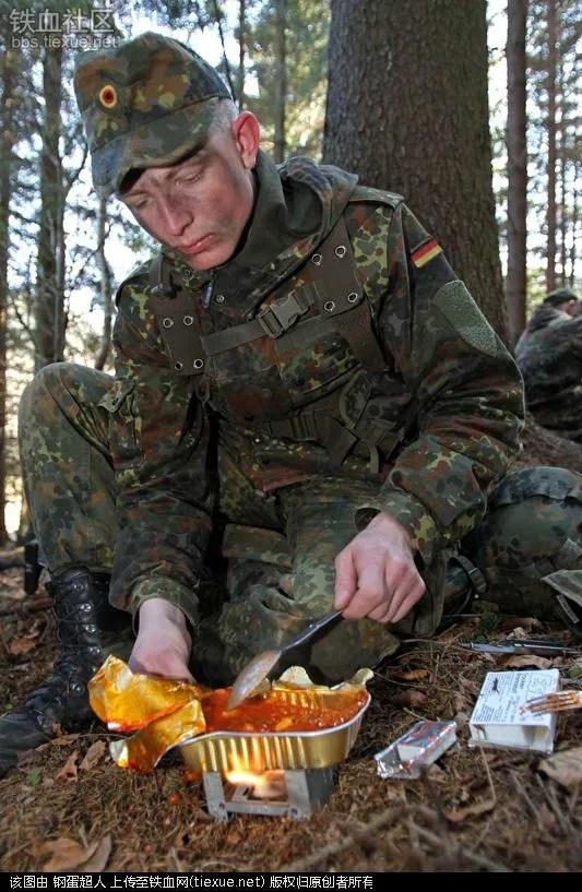 士兵稱之為狗糧 美國大兵的伙食還不如解放軍啊!
