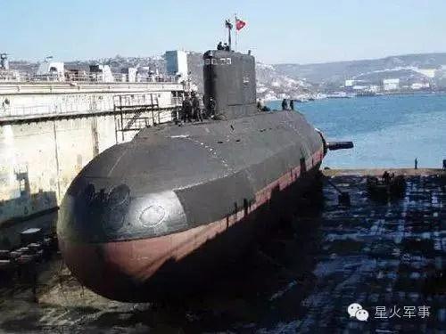 這個國家將修潛艇的船廠搬到中國:局長一語感動國人