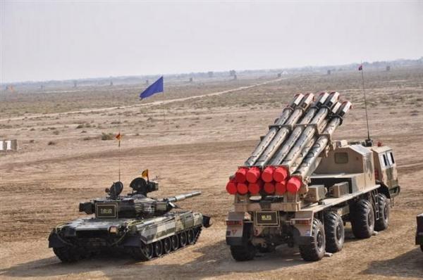 巴演習中展示中國造遠程火箭炮:印看後不敢輕舉妄動