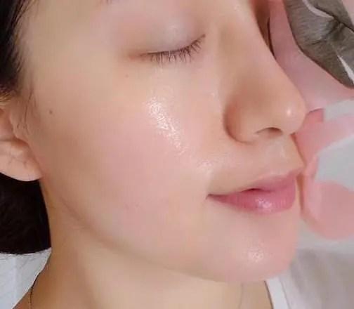 洗臉用熱水還是冷水洗臉好?很多人都不知道,難怪那麼黑