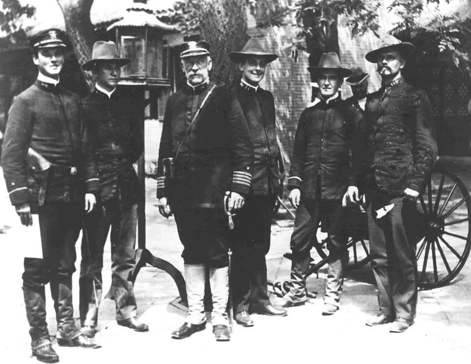 1900年,美國海軍陸戰隊在北京鎮壓義和團