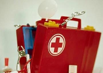 親子旅遊必備小藥箱,爸爸媽媽快收藏!