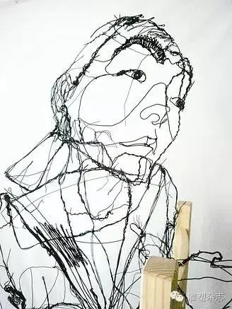 他把速寫做成了雕塑——David Oliveira