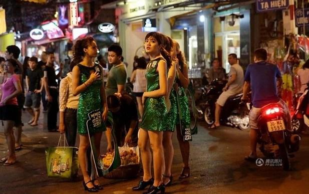 越南的美女也挺漂亮的,值得一看