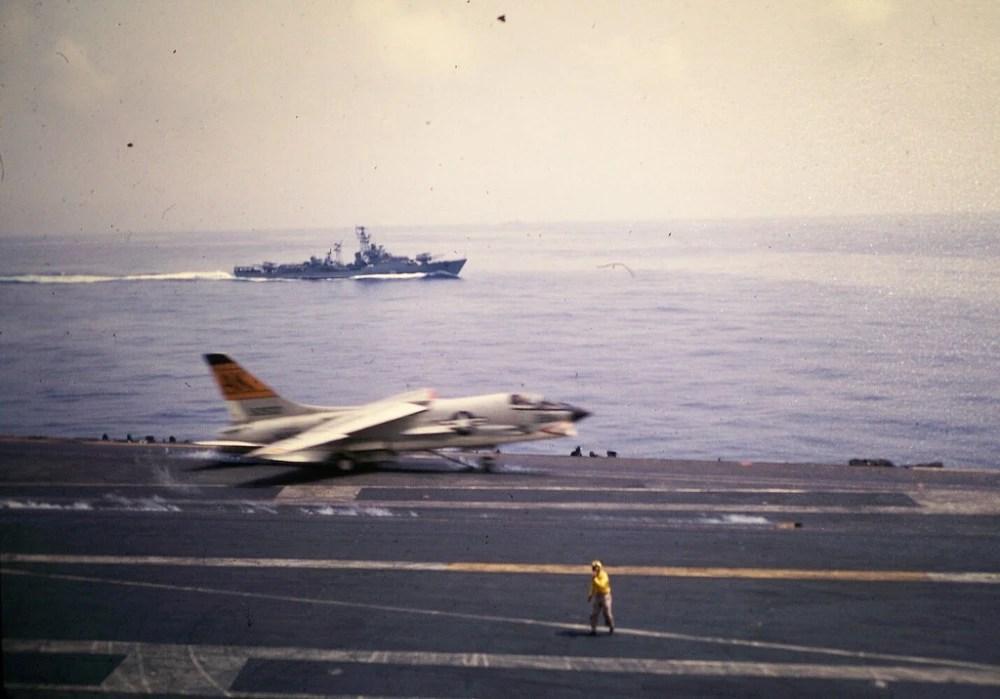 1965年,美國艦隊在地中海與蘇聯海軍對峙