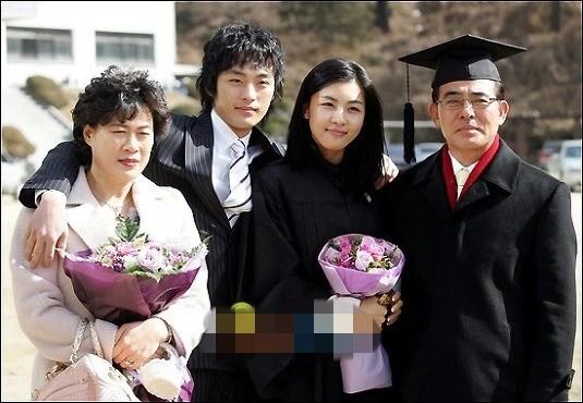 范冰冰與弟弟同框引熱議,那些韓星姐弟顏值更逆天