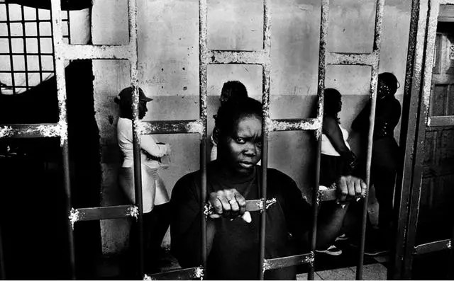 實拍監獄裡絕望的生活,看了這些誰還敢犯罪