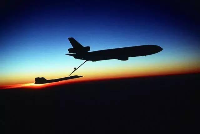 專業偷拍25年毫髮無傷,號稱兩萬米高空的間諜之王