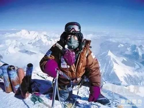 那些為了挑戰自我勇攀珠峰的遇難者,用生命在攀登