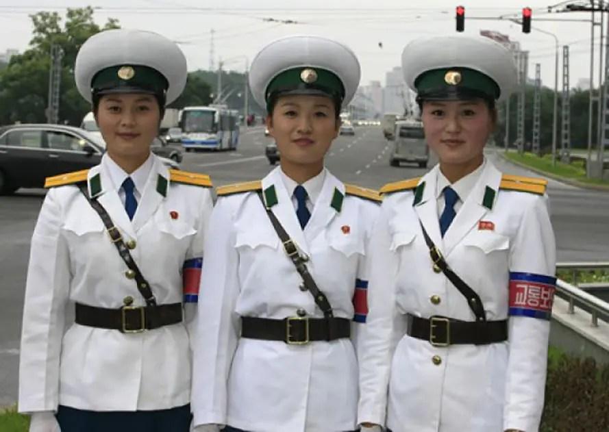 都說韓國的美女遍大街,實際上朝鮮的絲毫不遜色且還清純!