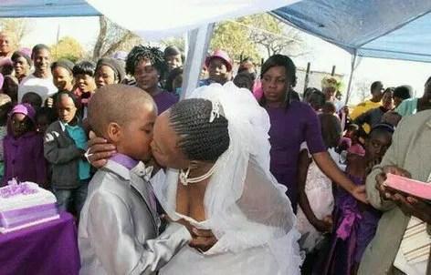 非洲奇葩婚姻,7歲小男孩和62歲新娘結婚