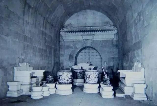 發掘一座古代帝王陵有多艱難?晒晒當年考古人員發掘定陵現場照