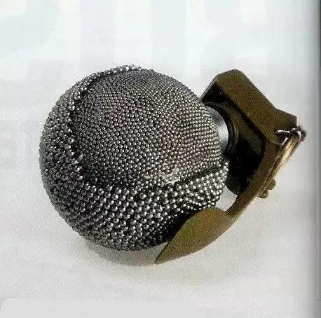這是人類史上最兇殘的彈,數千鋼珠讓人不寒而慄!
