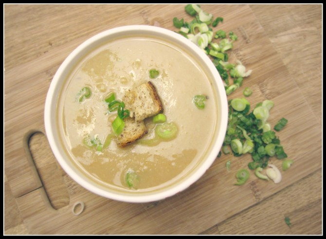 vegan garlic and potato soup - infinebalance.com