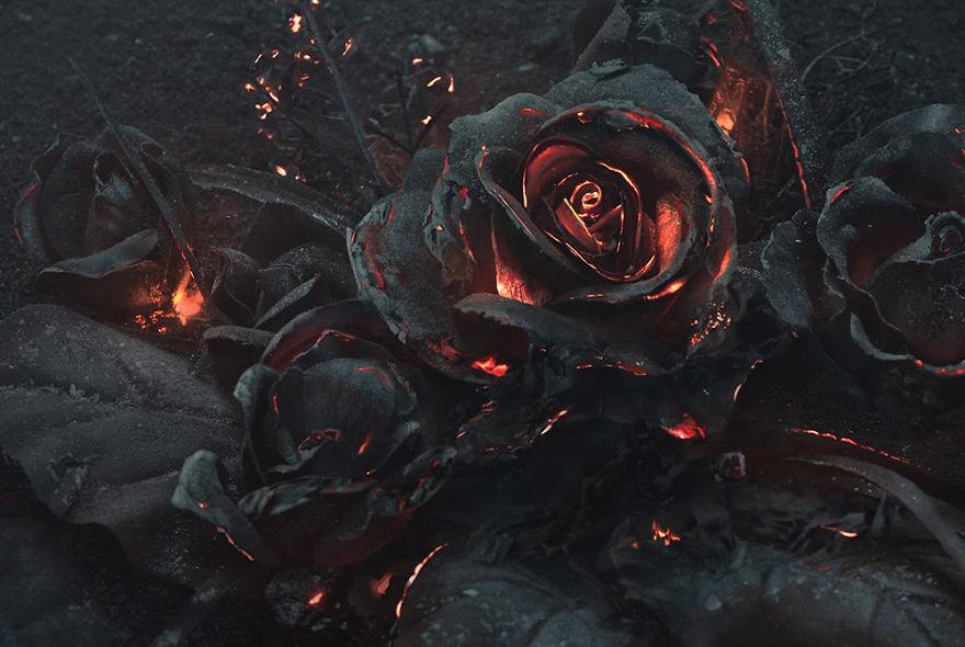 burning-roses-sculpure-2