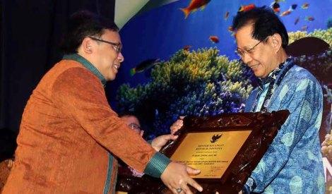 Presdir BCA Sabet Penghargaan Marketeer of The Year 2015