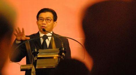 Ketua DK OJK Terpilih Sebagai Tokoh Humas 2016