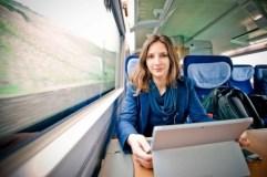 Una joven vive en un tren para no pagar los abusivos alquileres de Stuttgart