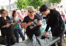 David Thibault a offert autographes et chansons à Saint-Raymond