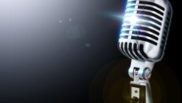 larryking_microphone
