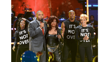 120112-show-uncf-highlights-Anthony-Anderson-chaka-khan-2
