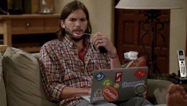 Ashton Kutcher laptop