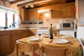Ingleton Cottages Kitchen