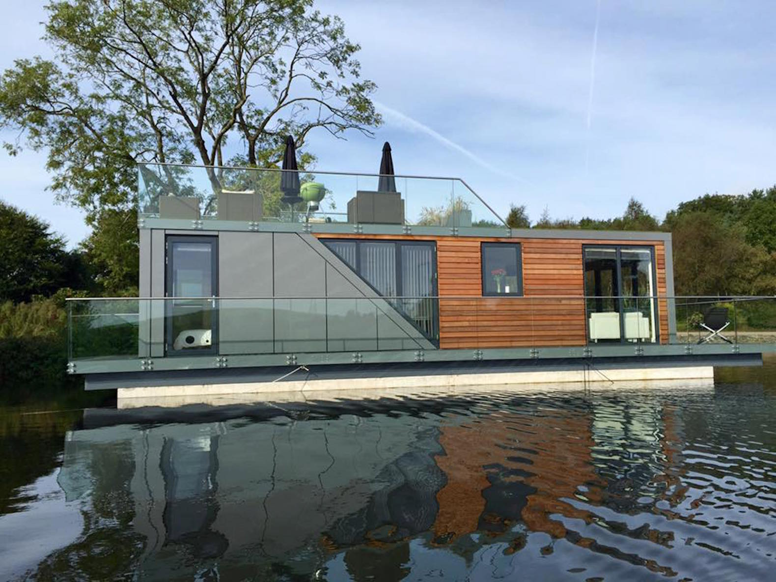 Interesting Prefab Houseboats Let You Live On Water A Minimal Energyfootprint Floating Home Inhabitat Green Architecture Floating Homes Sale Sale San Diego Louisiana Floating Homes curbed Floating Homes For Sale
