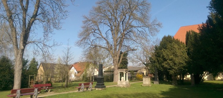 Evangelischer Friedhof in Selzen (Park)