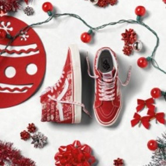ho16_classics_vandoren_sk8-hi38reissue_steve-piratesanta-red_elevated
