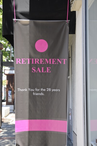 The Jeweler retirement sign